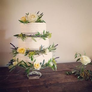 Wedding Cake 'Dartington Hall'. July 2016